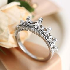 Fashion Silver Rhinestone Crown Ring Princess Ring New US Size 5 6 7 8 Unique Rings, Beautiful Rings, Diamond Crown Ring, Crown Promise Ring, Promise Rings, Ladies Silver Rings, Do It Yourself Fashion, Topas, Retro Stil