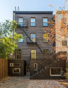 Blurring Boxes residential extension in Brooklyn, New York City, USA by…