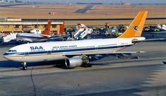 ZS-SDA A.300 South African Airways JNB South African Air Force, Passenger Aircraft, Airbus A380, Commercial Aircraft, Civil Aviation, Old Photos, Vintage Posters, Helicopters, Spacecraft