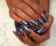 Google Image Result for http://www.nails-arts.com/images/nail-designs-pictures/nail-designs-2.jpg