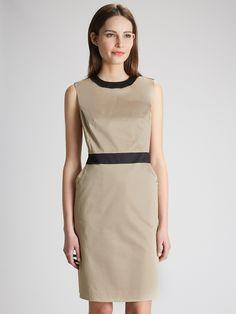 La robe 3 trous en satin de coton est un must de la collection Cyrillus. Nos…