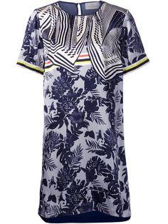 Florale Kleider fürs Büro - Mehr Sommerkleider: http://www.instyle.de/fashion/trends/trend-sommerkleider-fuer-2015-teil-1