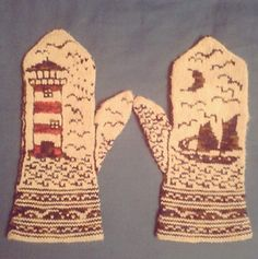 Ravelry: Moonlit Coast Mittens pattern by Erica Mount