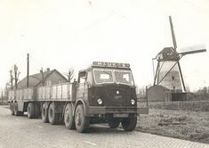 FODEN HAUKES KEKERDOM (NL) Huge Truck, Big Rig Trucks, Old Trucks, Old Lorries, Square Photos, Flash Photography, Photo Checks, Simple Bags, Commercial Vehicle