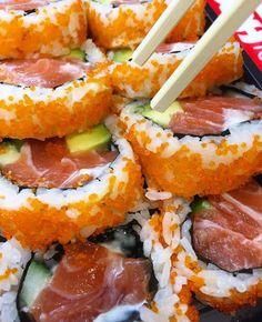 #food #sushi #yum #fish #avo Sushi Recipes, Baby Food Recipes, Cooking Recipes, I Love Food, Good Food, Yummy Food, Japanese Food Sushi, Onigirazu, Food Porn