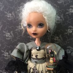 Rachel and taxidermy lady bug - I have to say I love this concept, and how the doll looks i wonderful!