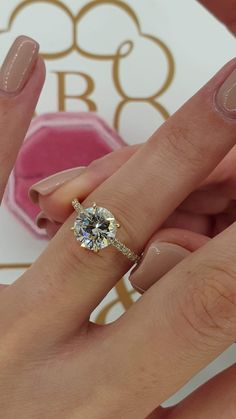 Simple and Elegant 10K Two-Tone White Yellow Gold Marquise Diamond Ring Size 8 2.4G