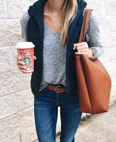 Latest Fashion Trends – This casual outfit is perfect for spring break or the Fall. 44 Pretty Street Style Ideas That Look Fantastic – Latest Fashion Trends – This casual outfit is perfect for spring break or the Fall. Autumn Fashion Casual, Casual Fall Outfits, Fall Fashion Trends, Fall Winter Outfits, Autumn Winter Fashion, Fashion Ideas, Winter Clothes, Spring Outfits, Fashion Advice