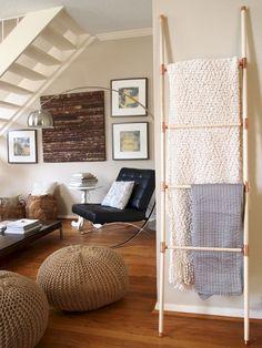41 Easy DIY Blanket Ladder Design Ideas https://www.designlisticle.com/diy-blanket-ladder/