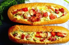 Ketogenic Recipes, Diet Recipes, Vegan Recipes, Romanian Food, Hungarian Recipes, Keto Dinner, Pizza Recipes, Huevos Rancheros, Hot Dog Buns