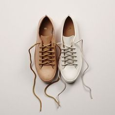 Inspo of the week. Dare to be different! Gotham, Sneaker Heels, Sneakers, I Love To Run, Autumn Fashion 2018, Beige, Fun Workouts, Hiking Boots, Oxford Shoes