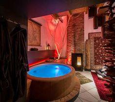 belle chambre avec jacuzzi privatif 40 ides romantiques archzinefr jacuzzi pinterest jacuzzi