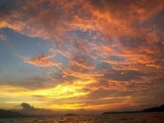 Atardecer en Isla Caballo, Puntarenas Costa Rica.