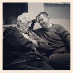 Tête à tête Jean Vanier - Arnaud lors de la visite du fondateur de L'Arche à Paris #larche #jeanvanier #handicap