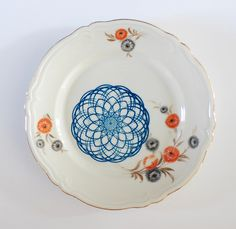 New plate design by Ninainvorm, via Flickr