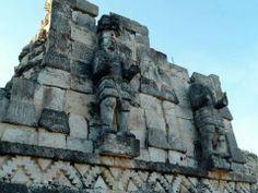 Zona arqueológica Kabah in Yucatan,  México