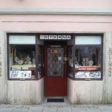 vintage shop front... #mustlovefestivals Austria, Vintage Shops, Illustrators, Linz, Vintage Stores, Illustrations