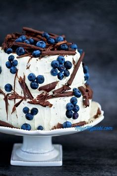Pretty Cake with Chocolate and BlueberriesI have to figure this out as a flourless cake