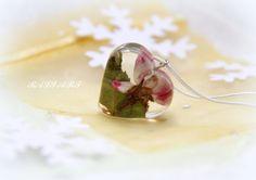 Rose necklace jewelry flowers terrarium jewelry by RALIJEWELLERY