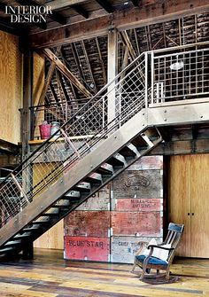 Canyon Barn is a renovation project completed by Seattle-based MW Works Architecture. Old barn renovated and converted into a retreat. Rustic Staircase, Industrial Stairs, Industrial Bedroom, Industrial House, Industrial Lighting, Industrial Closet, Kitchen Industrial, Industrial Apartment, Industrial Shelving