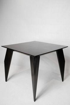 POLYGON DINING TABLE