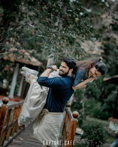 Indian Wedding Photography Poses, Wedding Couple Poses Photography, Couple Photoshoot Poses, Pre Wedding Photoshoot, Cute Couple Images, Love Couple Photo, Couples Images, Image Hd, Bike Pic