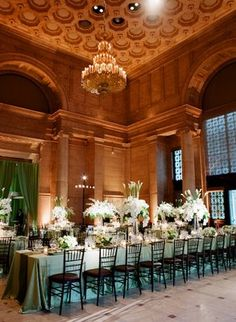 warm golden tones, mixed with green.  long table.  totally luxe.  love it.