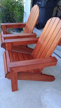 I really like these Adirondack chairs, sedona red and two coats of spar urethane Wooden Chair Plans, Rocking Chair Plans, Rocking Chair Cushions, Diy Chair, Outdoor Wood Furniture, Diy Furniture Easy, Woodworking Furniture, Outdoor Chairs, Furniture Design