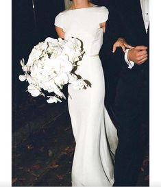 // Our bridal haute-couture, sur-mesure, designers dresses inspiration worldwide Perfect Wedding, Dream Wedding, Wedding Day, Tuxedo Wedding, Wedding Season, Elegant Wedding, Perfect Day, Bridal Gowns, Wedding Dresses