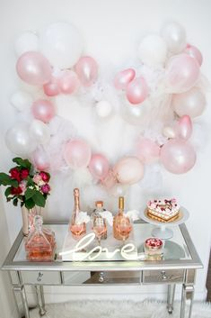 Valentine's Day bar styling with oversized tulle and balloon heart - garland made from balloons and tulle