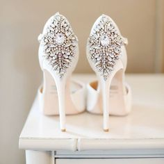We have fallen head over heels with these Badgley Mischka diamante stilettos Would you wear these on your wedding day? www.wed2b.co.uk?fb