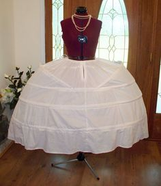 Marie Antoinette Dress Gown Costume Panniers. You can buy these?!? Costume Carnaval, Doll Costume, 18th Century Clothing, Hoop Skirt, Doll Dress Patterns, Marie Antoinette, Gowns, Clothes For Women, Dark Harbor