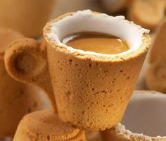 Cookie Cup - First you drink your coffee and then you eat… the cup! Cookie Cup is the edible cup designed by Enrique Luis Sardi together with the team at the Lavazza Training Centre and Cataldo Parisi, head chef of the confectioner's kitchen at Number 10 San Tommaso.