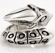 Claw Sterling Silver Gothic Ring. Rocker claw gothic .925 sterling silver men's rings.