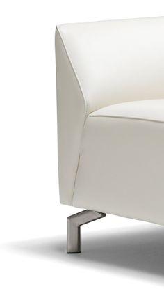 detail of trapezium sofa TOUCHÉ Prisma