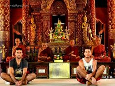 Me and my friend Alessandro, this is the one of the old city Temples of Chiang Mai