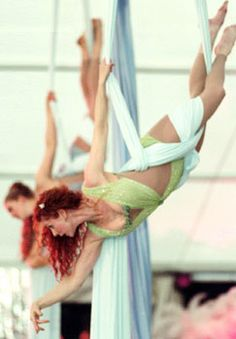Aerial Silks - what's the wrap for this? so simple and beautiful