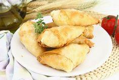 Görög sajtos batyu Snack Recipes, Snacks, Chips, Dairy, Bread, Food, Snack Mix Recipes, Appetizer Recipes, Appetizers