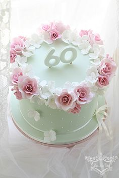 Best birthday cake for women mom elegant Ideas – – birthdaycakeideas Elegant Birthday Cakes, Birthday Cake For Women Elegant, Happy Birthday Cake Images, Pretty Birthday Cakes, Adult Birthday Cakes, Birthday Cakes For Women, Pretty Cakes, Beautiful Cakes, 60th Birthday Cake For Mom