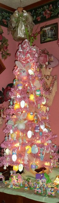 DEBBIE-DABBLE: Dining Room Easter Decorations 2013
