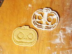 Ausstechform Kürbis für Kekse zu Halloween, Halloween Party / halloween cookie cutter, halloween pumpkin made by Protonik via DaWanda.com