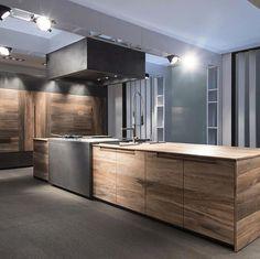 Beautiful wood kitchen cabinetry