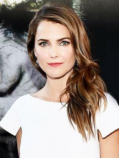 Learn how to copy Keri Russell's glow with tips from her makeup artist!