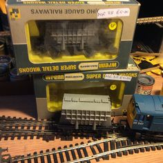 acquired 2 more Prestflo wagons for my Castle cement train from Wimbledon MRC 23/05/15