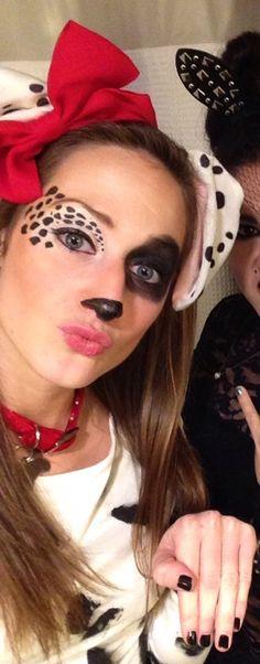 DIY dalmation costume/makeup More (maquillaje halloween venado) Cute Halloween Costumes, Halloween 2015, Halloween Makeup, Holidays Halloween, Dalmation Makeup, Diy Dalmation Ears, Dalmatian Halloween, Diy Dalmatian Costume, Style Disney