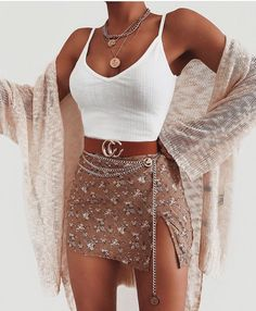 Bodysuit Belt Necklace via Ooh La Luxe ad. Bodysuit: Linea Bodysu - Mini Skirts - Ideas of Mini Skirts - Bodysuit Bel… in 2019 Bodysuit Belt Necklace via Ooh La Luxe ad. Bodysuit: Linea Bodysu - Mini Skirts - Ideas of Mini Skirts - Bodysuit Bel… in. Cute Casual Outfits, Stylish Outfits, Casual Clothes, Style Clothes, Modest Outfits, Sexy Outfits, Look Fashion, Fashion Outfits, Fashion Styles
