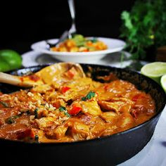 Chili, Chicken Recipes, Curry, Food And Drink, Soup, Keto, Pasta, Dinner, Cooking