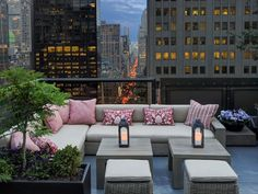 """This evergreen rooftop has a new Hamptons' beach chic look thanks to a May 2016 renovation. Get a table on the East Terrace, where you can overlook the shops of Fifth Avenue from 23 stories up. Tables are first-come, first-serve with one exception: the best spot in the house, the """"Corner Couch,"""" which can be reserved in advance. Settle in and order a """"Ning Sling,"""" a gin-based passion fruit mojito topped with lychees."""