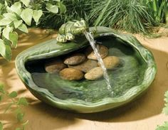 Ceramic Smart Solar Frog Water Feature