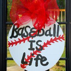 Baseball Door Hanger Baseball Wall Decor Sports by LooLeighsCharm, $40.00 Baseball Wall Decor, Hockey Decor, Baseball Crafts, Baseball Mom, Wooden Door Hangers, Wooden Doors, Diy Ideas, Party Ideas, Craft Ideas